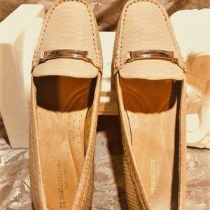Women's Naturalizer Loafer Shoes